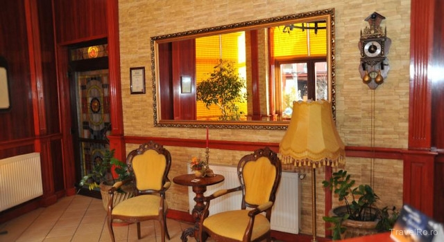 restaurant cu vitralii in Ramnicu Valcea
